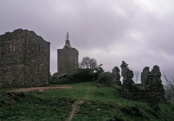 Les ruines du château de Luc