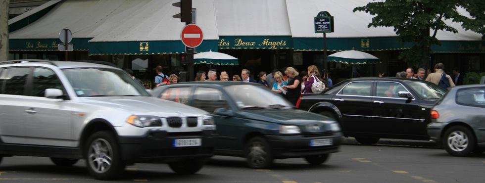 Sur le boulevard Saint-Germain